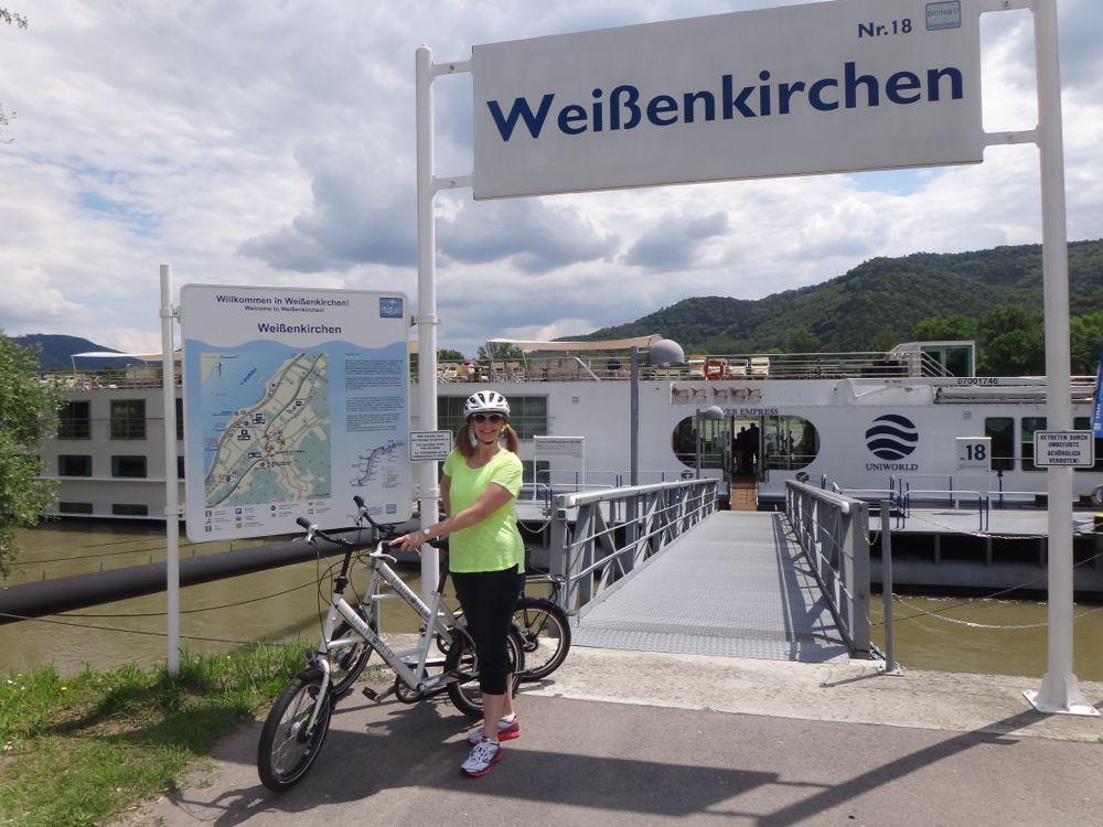Biking at Weissenkirchen