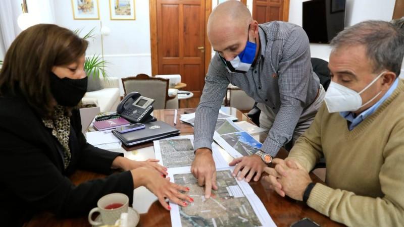 Echarren dio más detalles de la planificación de los nuevos edificios públicos en la zona Sur de Viedma