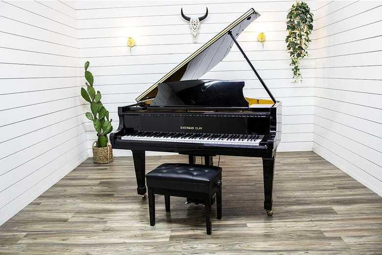 Sherman Clay DG-1E Baby Grand Piano