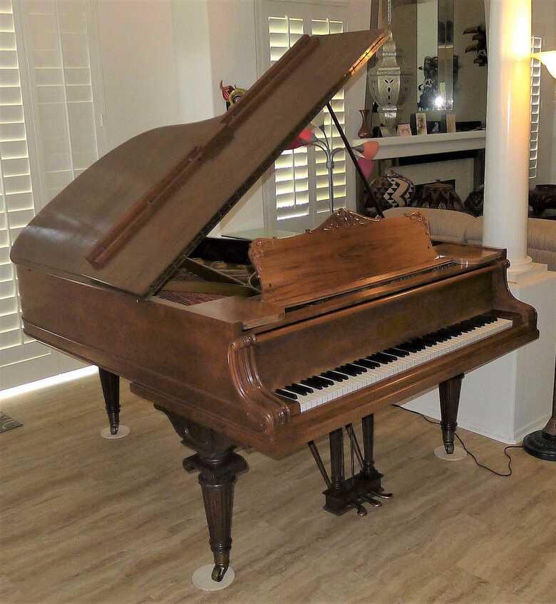 "Classic, Restored Knabe Grand Piano (6'2"") - Beautiful Tone!"