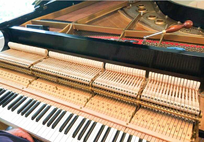 SOLD - new in 1995 STEINWAY & SONS Model L Grand Piano