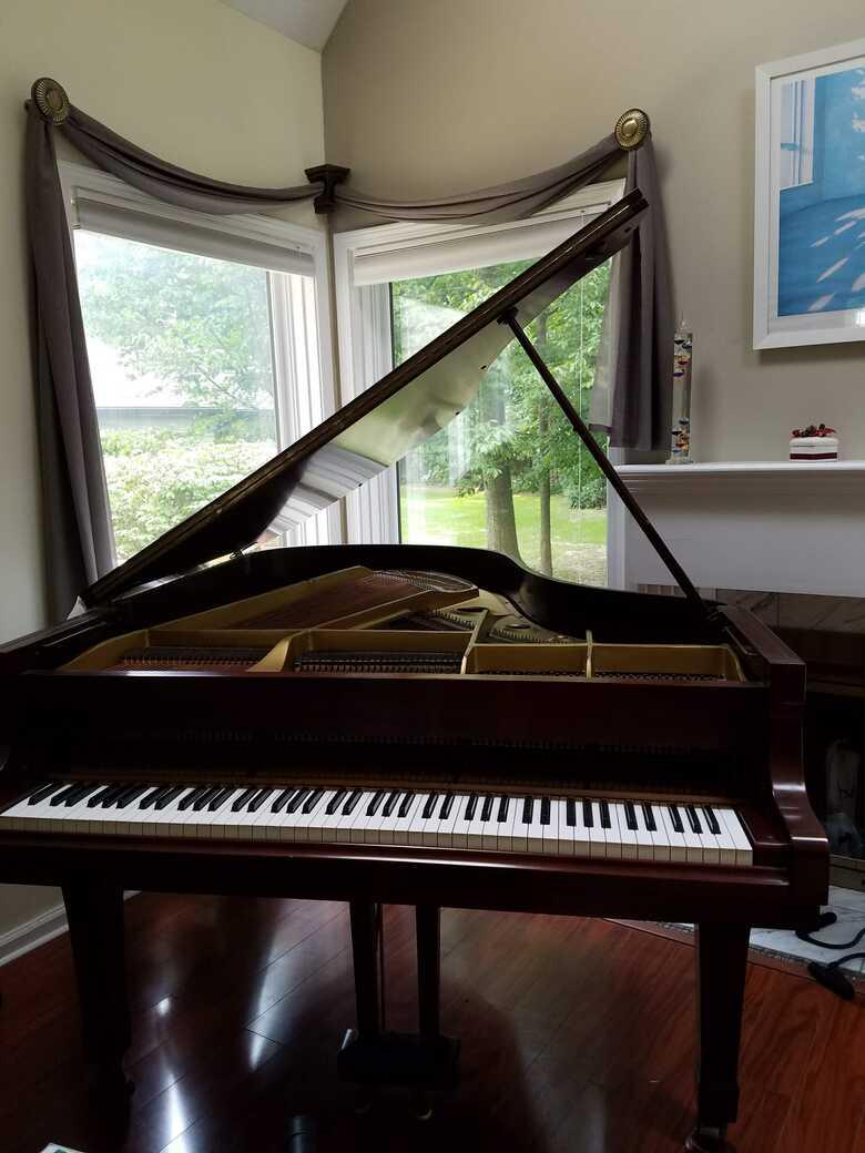 Beautiful Mahogany Yamaha G3 Grand Piano at Rochester, NY