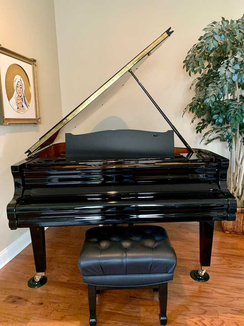 """Gorgeous 5'8"""" August Forester Grand Piano"""