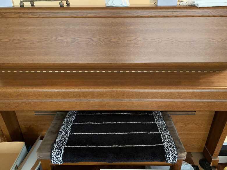 Kawai Upright piano S-20