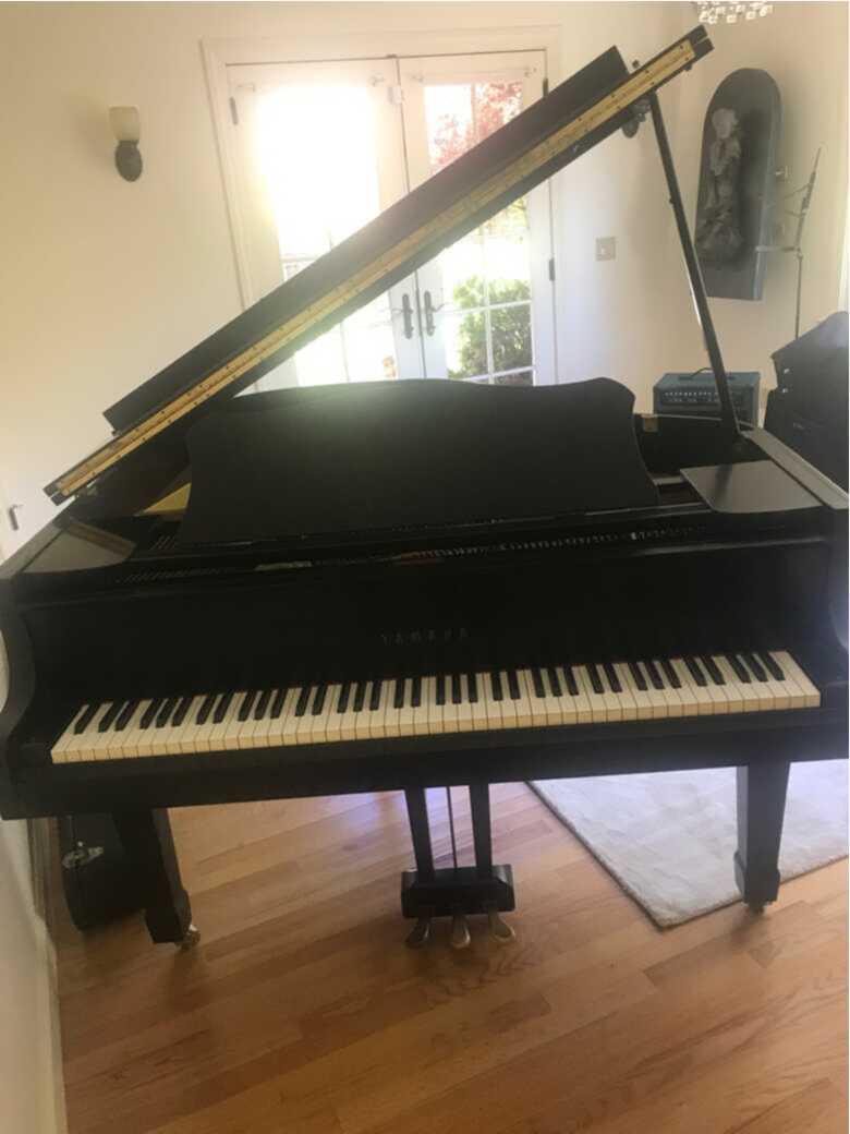 Yamaha G1J Grand Piano Matte Ebony
