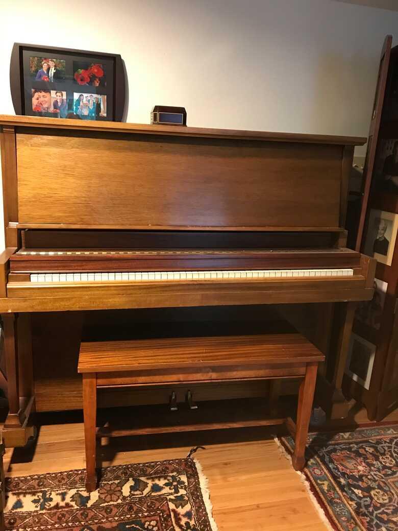 Used piano $150