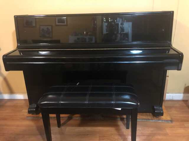 Excellent piano for sell