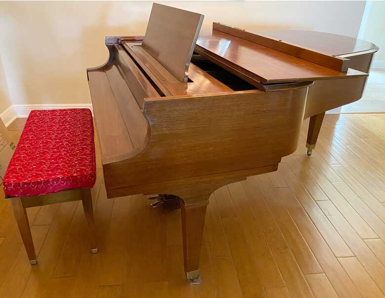 We'll Maintained Baldwin Grand Piano