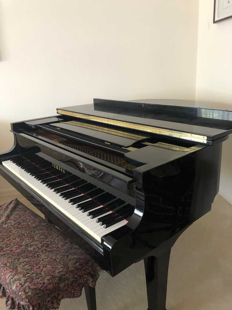Yamaha G2 Baby Grand in excellent condition
