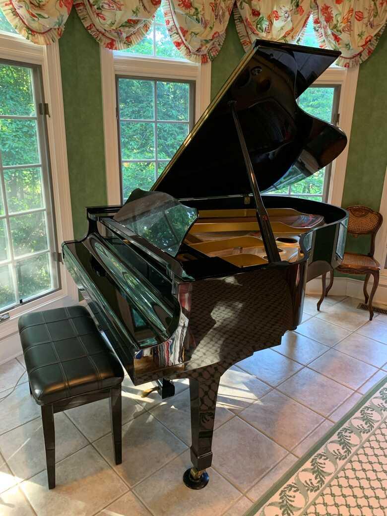 Yamaha C3 Grand Piano Great Condition Like New