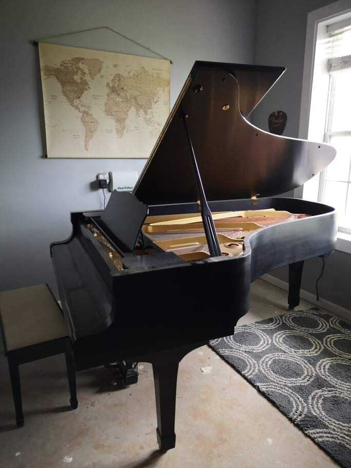 Used C7 Yamaha Grand Piano