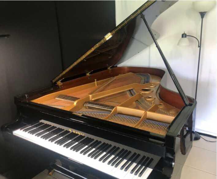 Kawai Grand Piano - Like New - All Original