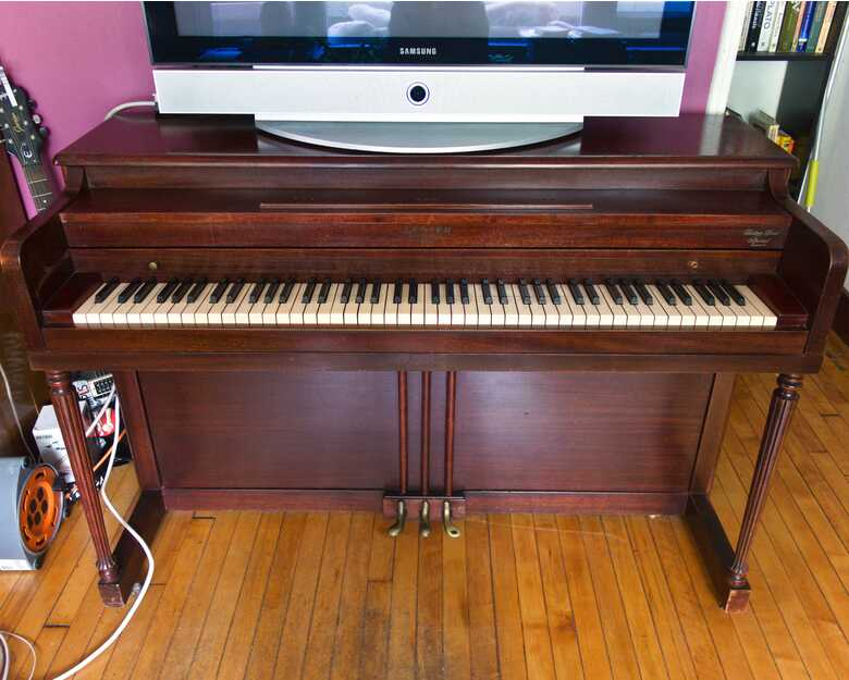 1949 Lester upright piano for sale, great playing condition