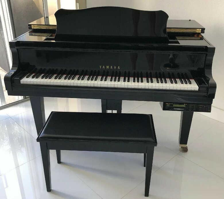 Yamaha--Grand-Piano-53-