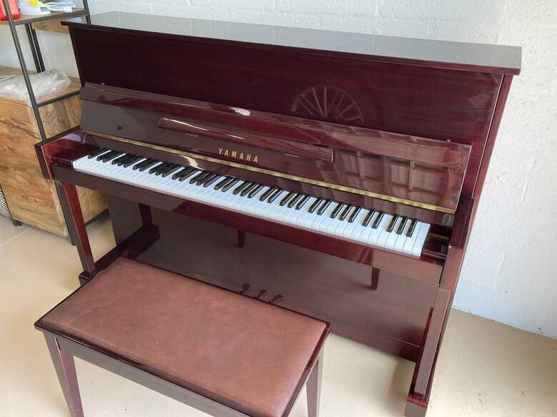 Piano Yamaha T116 - As new