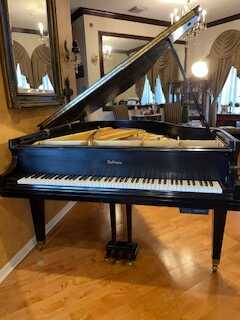 Baby Grand Baldwin Great contion