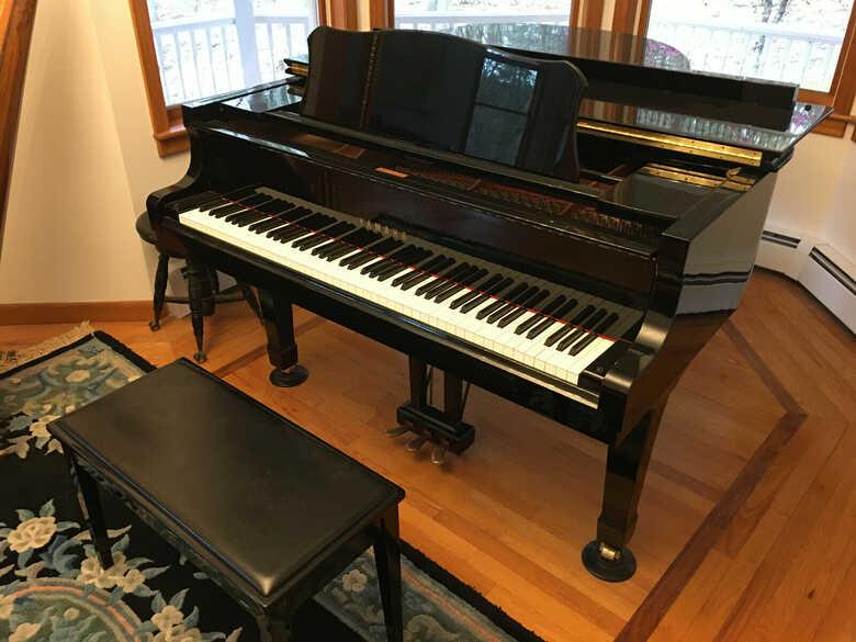 """1996 Yamaha C2 Baby Grand Piano, 5'-8"""""""