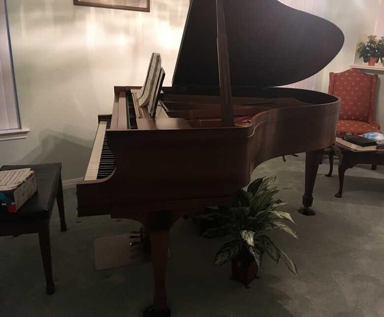 Sohmer Model 57 Grand Piano in good condition