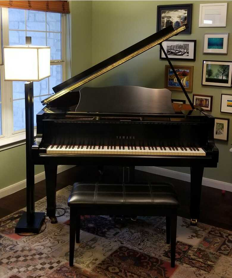 Yamaha G2 Baby Grand Piano - Excellent Condition, Tuned, w/