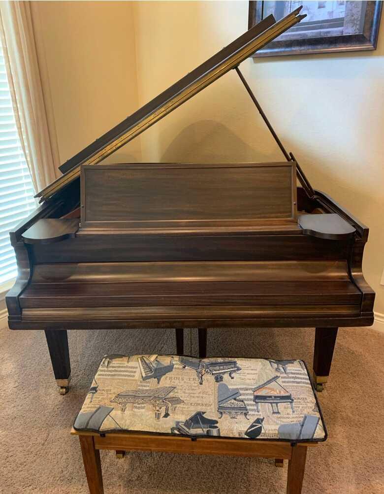 Baldwin 1929 Baby Grand Piano