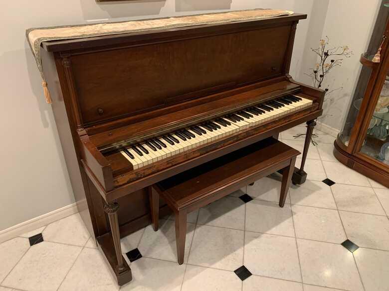 Hamilton Baldwin Upright Piano