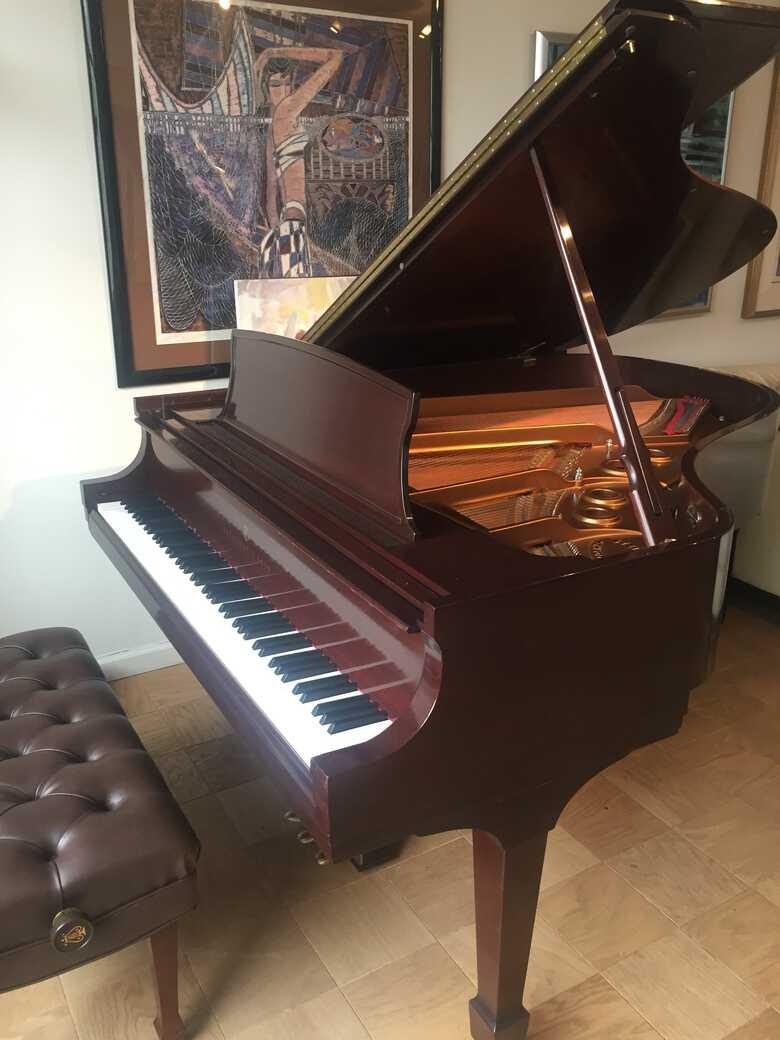 2001 Steinway Grand Piano Model L | Mahogany