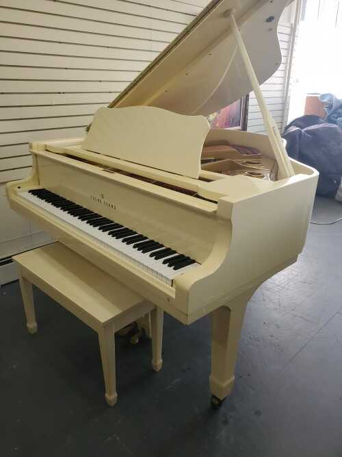 Young Chang Ivory Gloss 1985 Baby Grand (VIDEO)