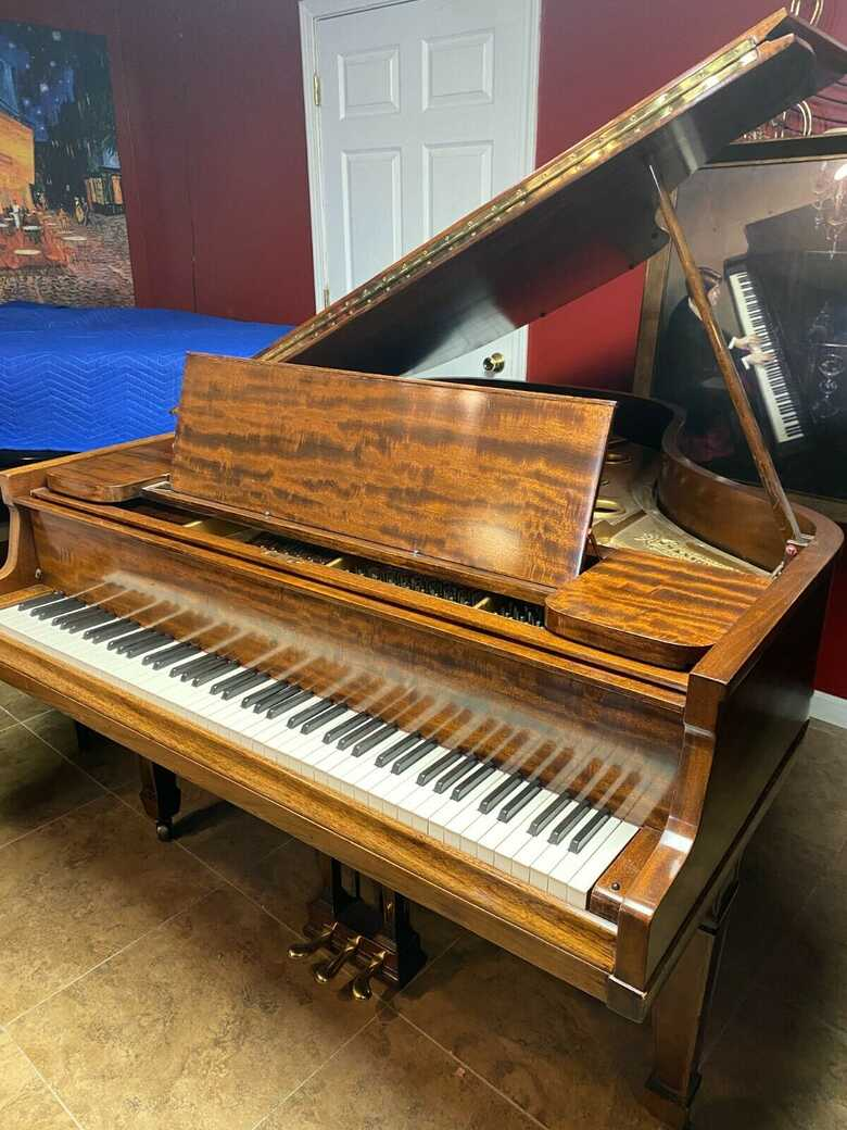 Stunning Knabe baby grand piano ( free Yamaha key felt cover