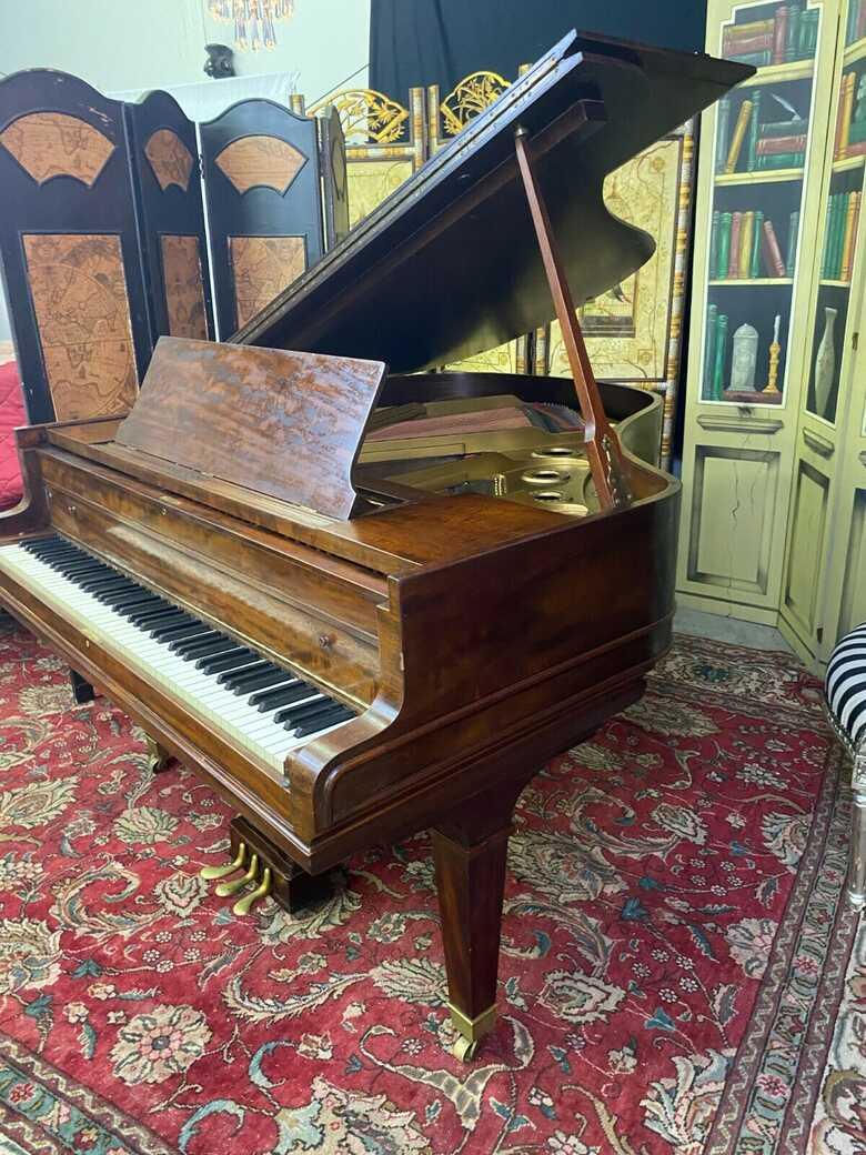 Stunning Conover cable baby grand piano ( free Yamaha key fe