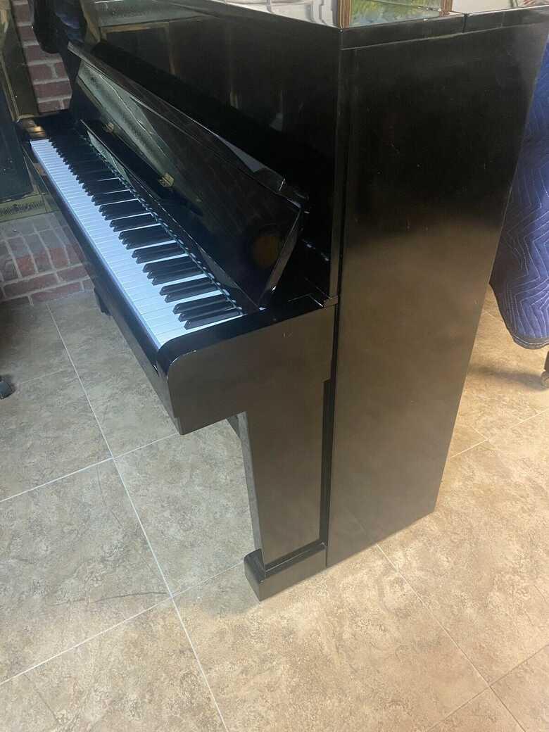 "Kawai 46"" Upright piano"