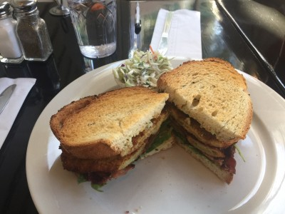 Oak Bluffs Dining: Slice of Life Fried Green Tomato Sandwich Frugal Foodie Lunch & Dinner