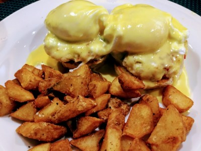 Eggs Benedict With Crab Martha's Vineyard Places For Breakfast The Barn Bistro Restaurant Oak Bluffs