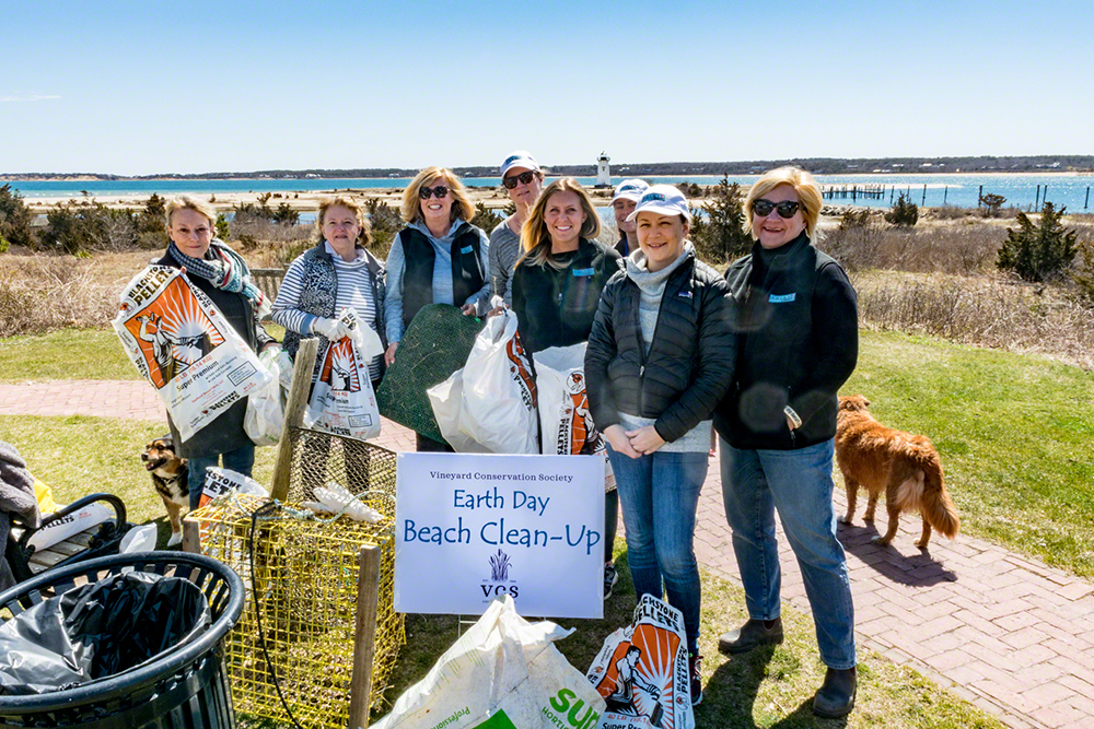 Earth Day Beach Clean-Up Edgartown Lighthouse Beach Point B Realty Beach Clean-Up Team