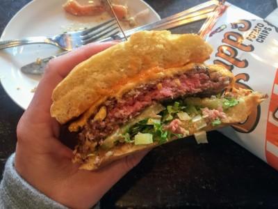 The Ritz Oak Bluffs Dive Bar & Restaurant Flat Top Burger Martha's Vineyard