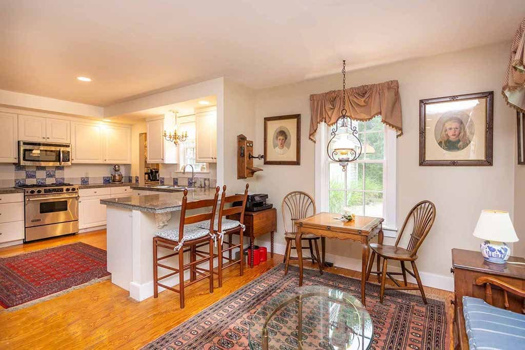 Martha's vineyard Real Estate 2019 - 14 Bold Meadow Edgartown MA 02539 For Sale Details