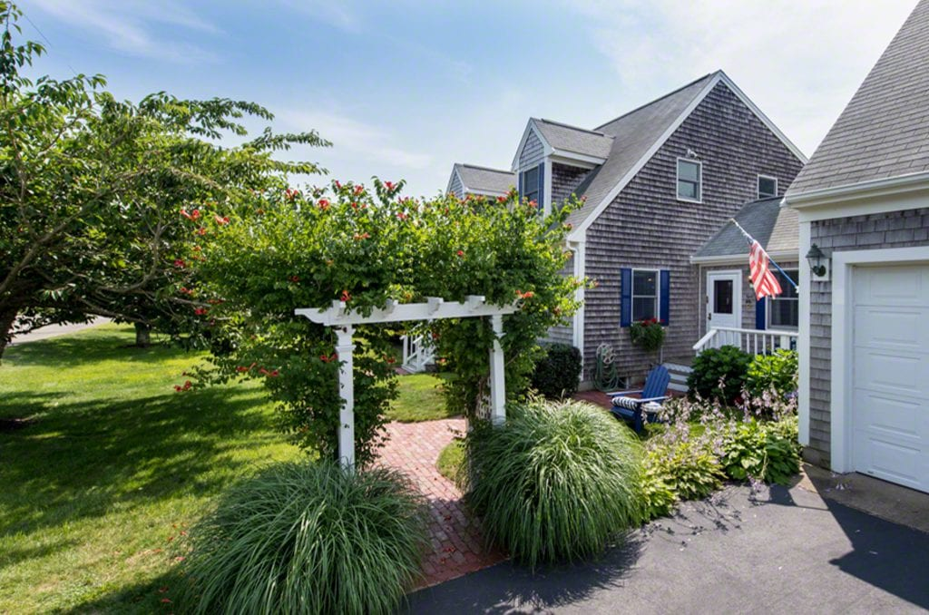 16 Mercier Edgartown Martha's VIneyard Homes for sale 2019