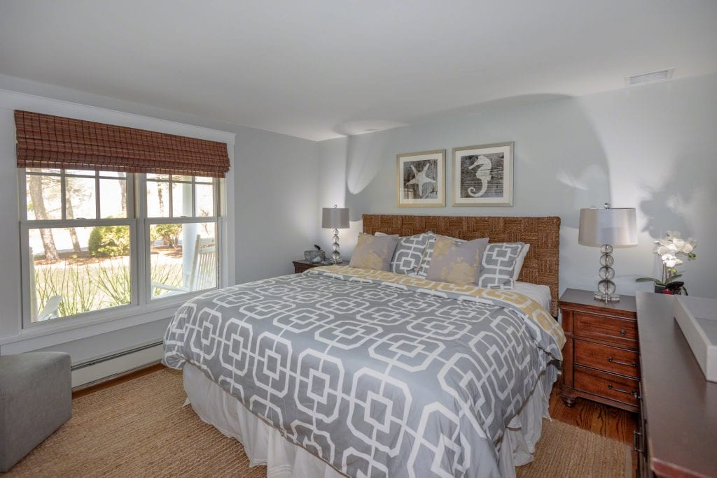 63 Herring Creek Road Edgartown MA 02539 5 bedroom Katama Farmhouse Martha's Vineyard For Sale Point B Realty