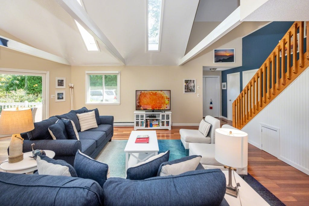 12 Court Street Edgartown MA 02539 Martha's Vineyard Contemporary Home Katama For Sale Point B Realty Exclusive Listing