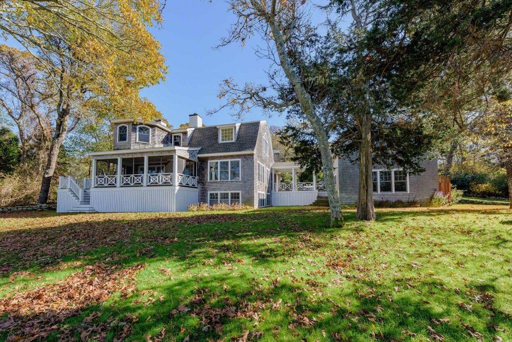 395 Barnes Road Oak Bluffs MA 02557 Featured on MVMLS Virtual Open House Tour Martha's Vineyard Point B Exclusive Listing