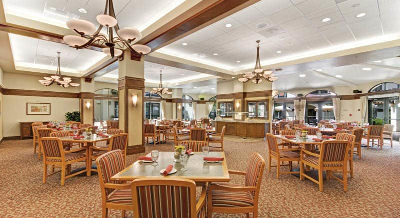 pg-community-dining-at-our-community.jpg