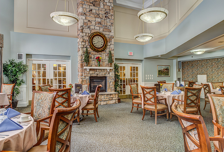 Assisted-Living_-Winchester_-MA_Carousel-_18_.jpg