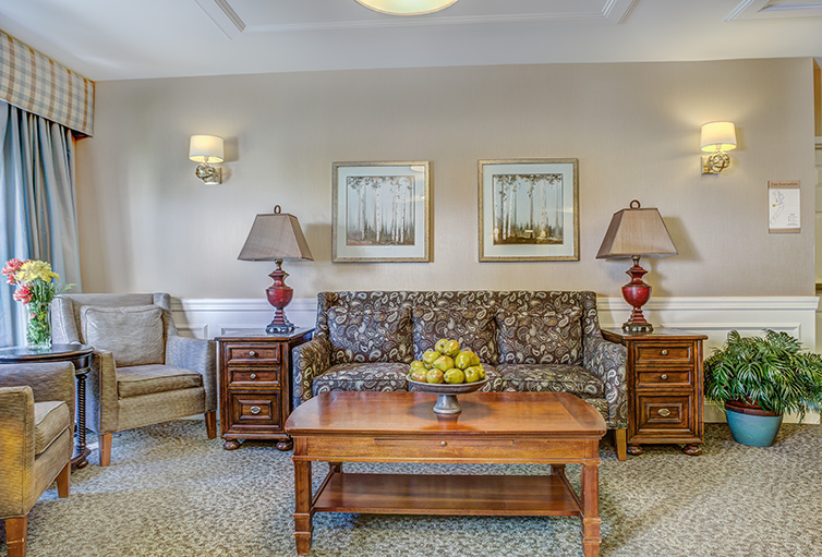 Assisted-Living_-Winchester_-MA_Carousel-_20_.jpg