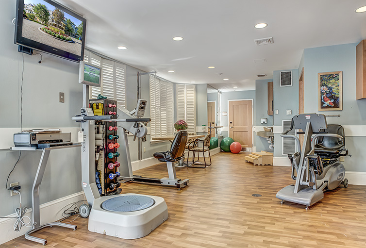Assisted-Living_-Winchester_-MA_Carousel-_22_.jpg
