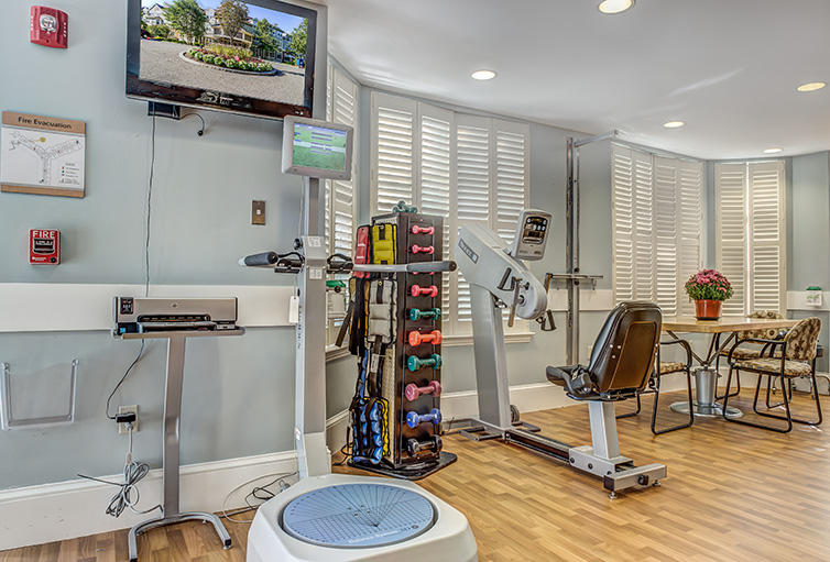 Assisted-Living_-Winchester_-MA_Carousel-_21_.jpg