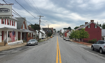 2016-07-28_17_05_54_View_south_along_Maryland_State_Route_66__Water_Street__at_Pennsylvania_Avenue_in_Smithsburg__Washington_County__Maryland.jpg
