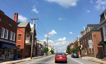 2016-08-20_15_28_12_View_north_along_Maryland_State_Route_194__York_Street__at_Maryland_State_Route_140__Baltimore_Street__in_Taneytown__Carroll_County__Maryland.jpg
