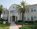 Jacksonville_Beach_City_Hall.jpg