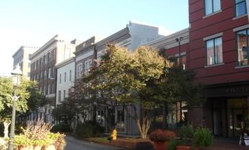 Salisbury_MD_Main_Street.jpg