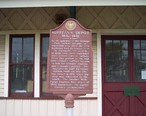 Historic_Marker_Suffern_NY_Rail_Station.JPG