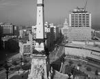 Monument_Circle_and_historic_district.jpg